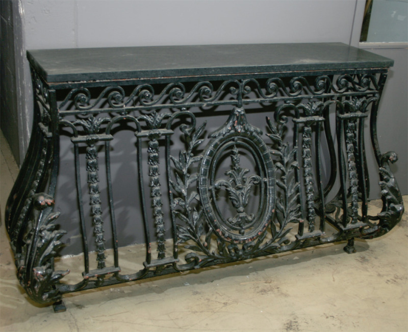 Finnegan gallery french cast iron balcony console for Balcony console